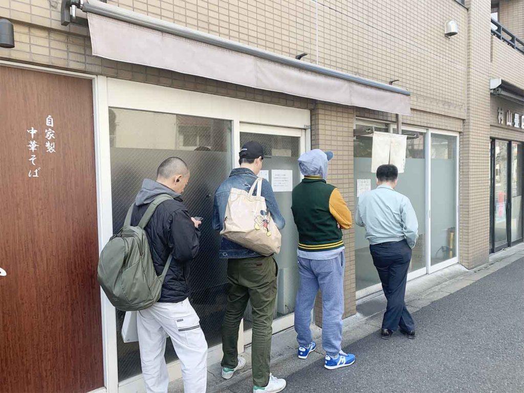 新宿,神楽坂,ラーメン,としおか,中華そば,行列