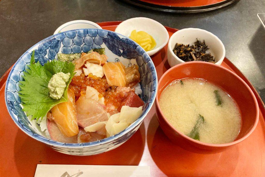 神楽坂,飯田橋,和食,清久仁,海鮮丼,魚,刺身,美味しい,人気,コスパ