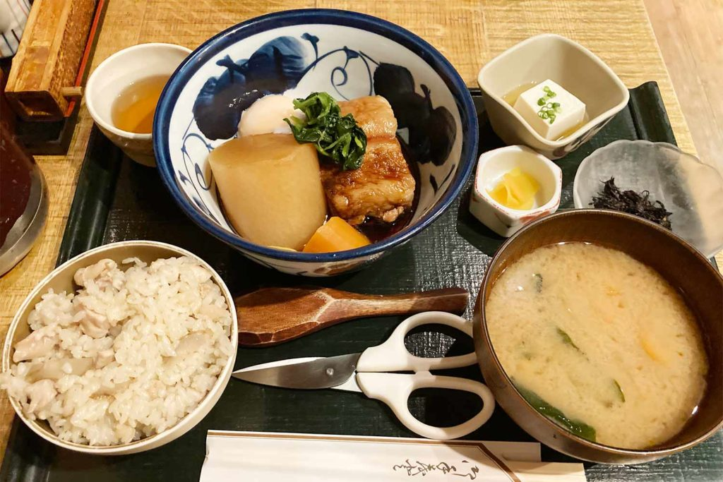 神楽坂,飯田橋,和食,和食や,ランチ,角煮,コスパ,メニュー,美味しい,おかわり