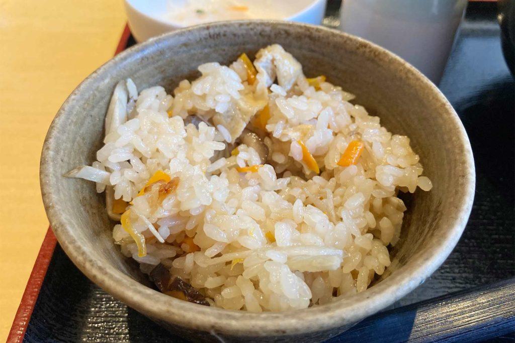 神楽坂,新宿,うどん,はつとみ,美味しい,オススメ,アクセス,炊き込みご飯