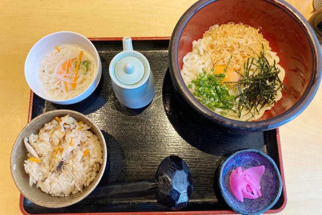 神楽坂,新宿,うどん,はつとみ,美味しい,オススメ,アクセス,ランチセット
