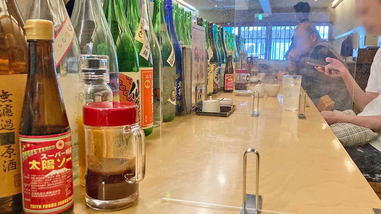 山せみ,神楽坂,蕎麦,和食,とんかつ,かつ丼,美味しい,座席,カウンター